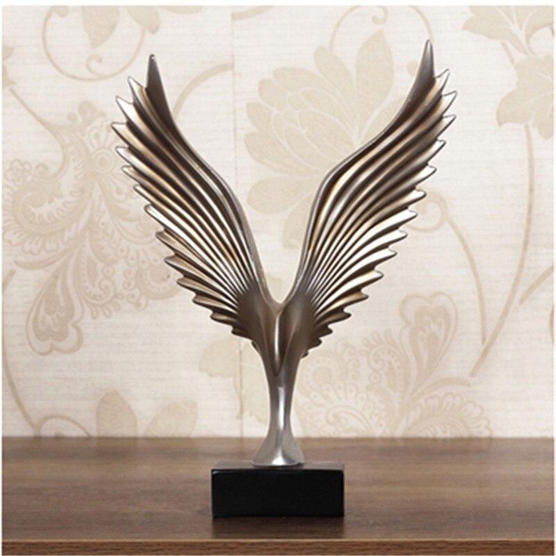 Golden/ Silver Creative Home Decor Eagle Wing Abstract Sculpture Decoration Figurine Decorative Resin Hawk Statue TV Background
